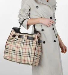Burberry Design Bag Wallet Hand Bags Exporter From New Delhi