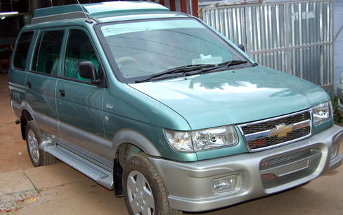 Car Exteriors Traveller Interior Roof Designs Service Provider
